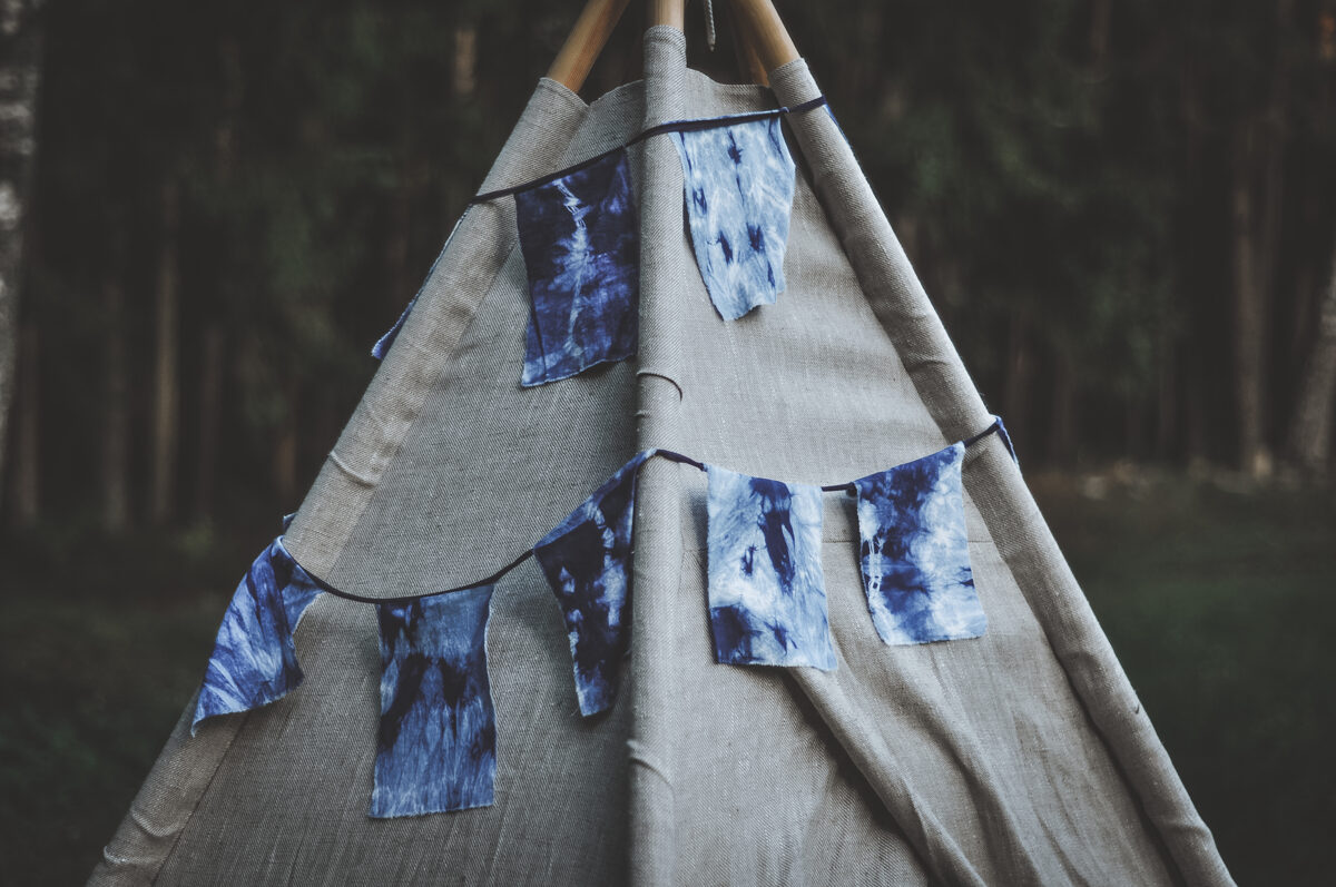 "Karodziņu virtene ""Zili batikoti"", 3,60m"