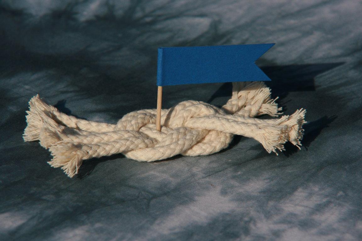 Galda kartes turētājs - jūrnieku mezgls